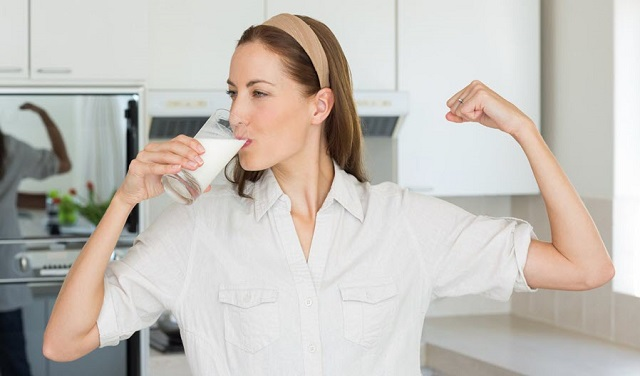 Uống sữa óc chó có tăng cân hay không còn phụ thuộc vào cách bạn uống