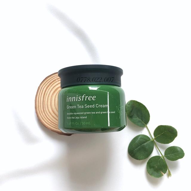 Kem chống lão hóa Innisfree Green Tea Seed Cream giúp xóa mờ các dấu hiệu tuổi tác trên da