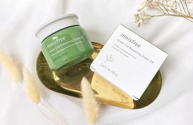 Kem chống lão hóa Innisfree Green Tea Balancing Cream Ex là sản phẩm tuyệt vời dành cho làn da khô