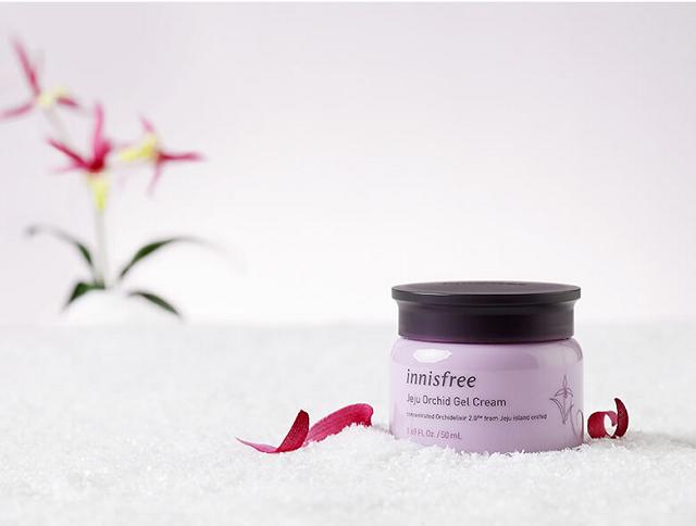 Kem chống lão hóa Innisfree Jeju Orchid Gel Cream chiết xuất từ những cánh hoa lan Cymbidium