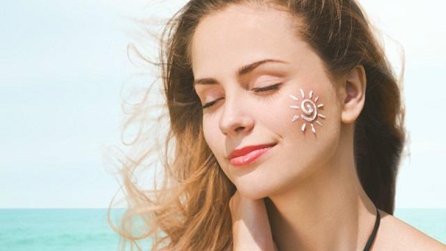 Sử dụng kem chống nắng giúp tăng sức đề kháng cho làn da
