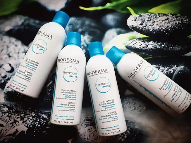 Xịt khoáng Bioderma giúp xoa dịu các tổn thương trên da