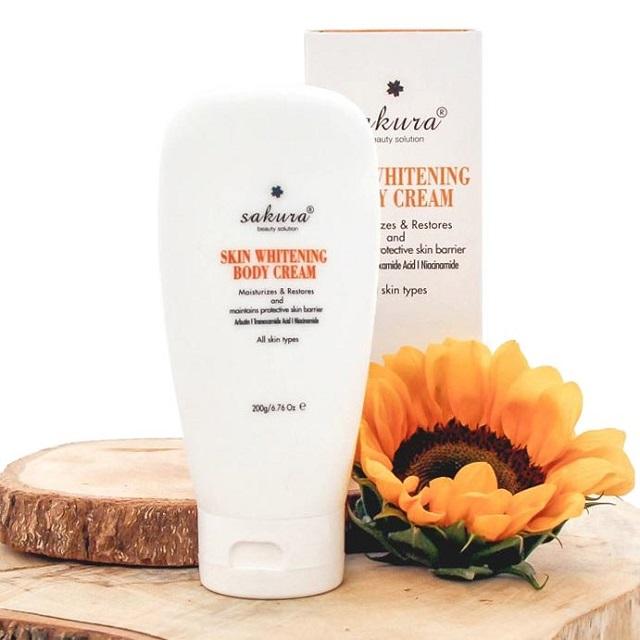 Kem dưỡng ẩm toàn thân Sakura Skin Whitening L-Glutathione Body Cream