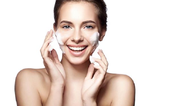 Chú ý làm sạch da trước khi sử dụng kem chống lão hóa Loreal