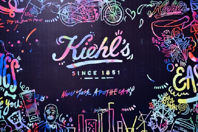 Kiehl's được tập đoàn L'Oreal mua lại và vẫn giữ nguyên được bản sắc đó là cung cấp dòng mỹ phẩm thiên nhiên cao cấp
