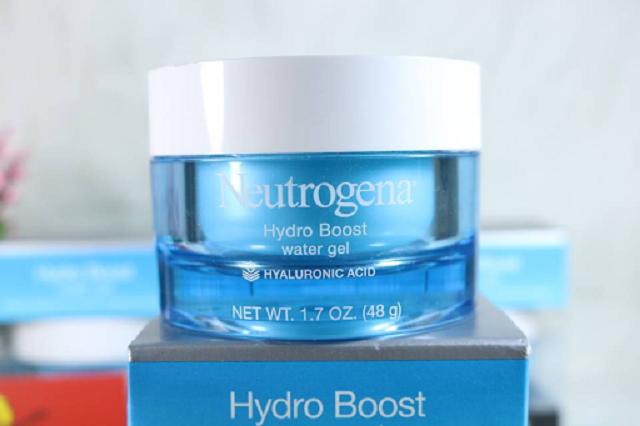 Kem dưỡng ẩm Hydro Boost Water Gel là một sản phẩm best-seller của Neutrogena vô cùng thành công trong việc chăm sóc làn da dầu