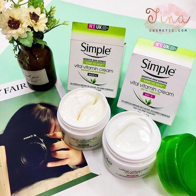 Kem dưỡng ẩm phục hồi da ban đêm Simple Kind To Skin Vital Vitamin Night Cream dùng được cho mọi loại da