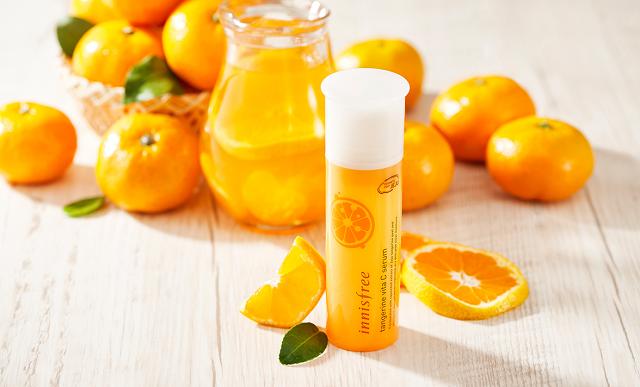 Xịt khoáng Innisfree Tangerine Vita C