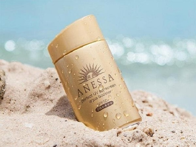 ANESSA Perfect UV sunscreen aqua booster SPF 50+ PA+++(màu vàng đồng)